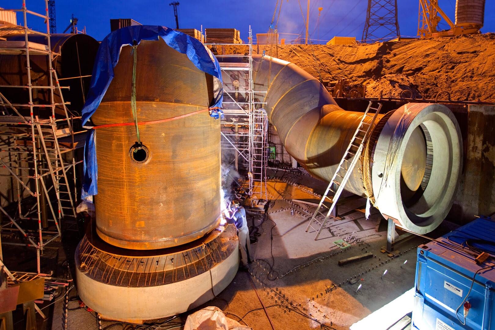 Kraftwerk Hamburg Moorwerder - Kühlwasserleitungen Schweißarbeiten