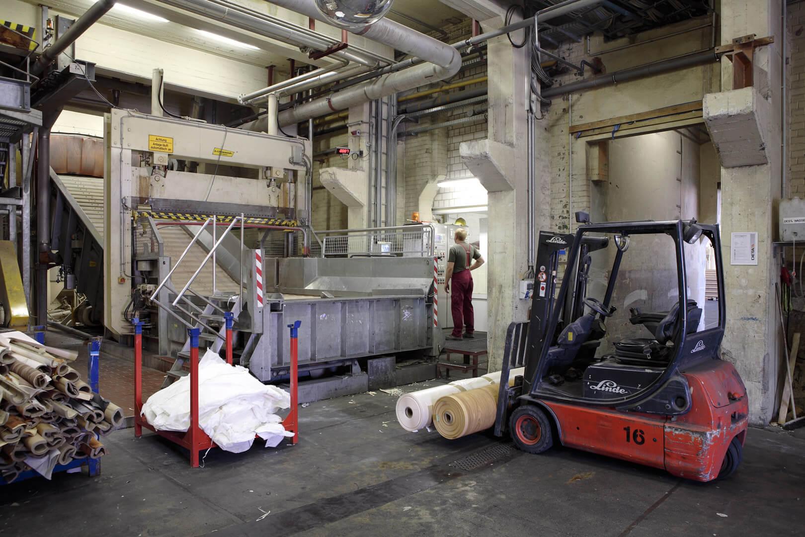 Werk Penig - Herstellung Regenerat Papier